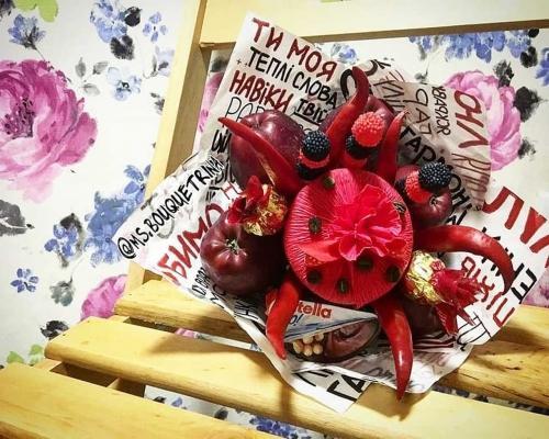 Съедобные букеты для женщин из продуктов –  Магазин Икон | Фотография 6
