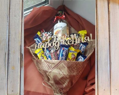 Букет из конфет и сладостей –  Магазин Икон | Фотография 4