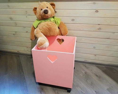 Ящик для игрушек на колесах –  Магазин Икон | Фотография 1