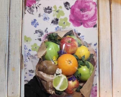 Съедобный букет из продуктов –  Магазин Икон | Фотография 6